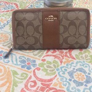 Coach signature zip around wallet new